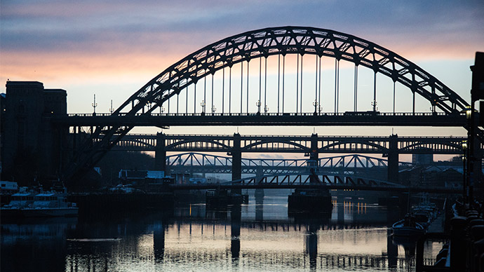 Building the Tyne Bridge
