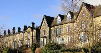 Terraced house converted to flats