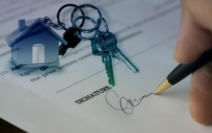 Estate agent contract