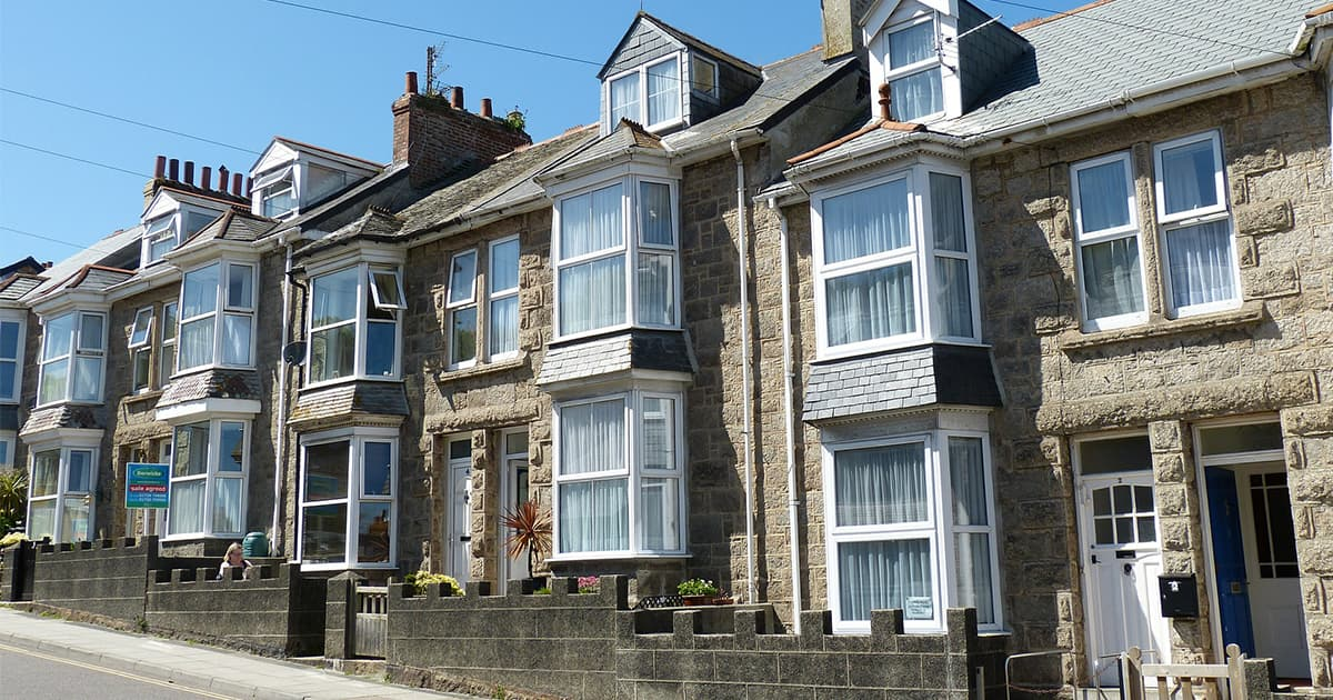 Terraced houses with bay windows